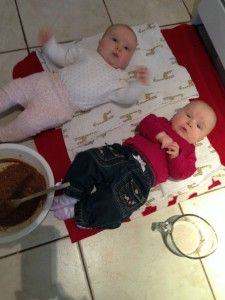 Maeva and Miya in the kitchen